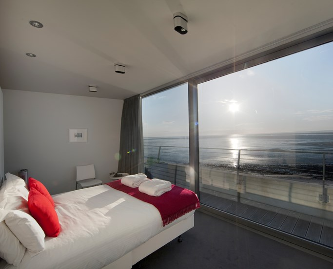 Feature Sea View at the Midland, Morecambe