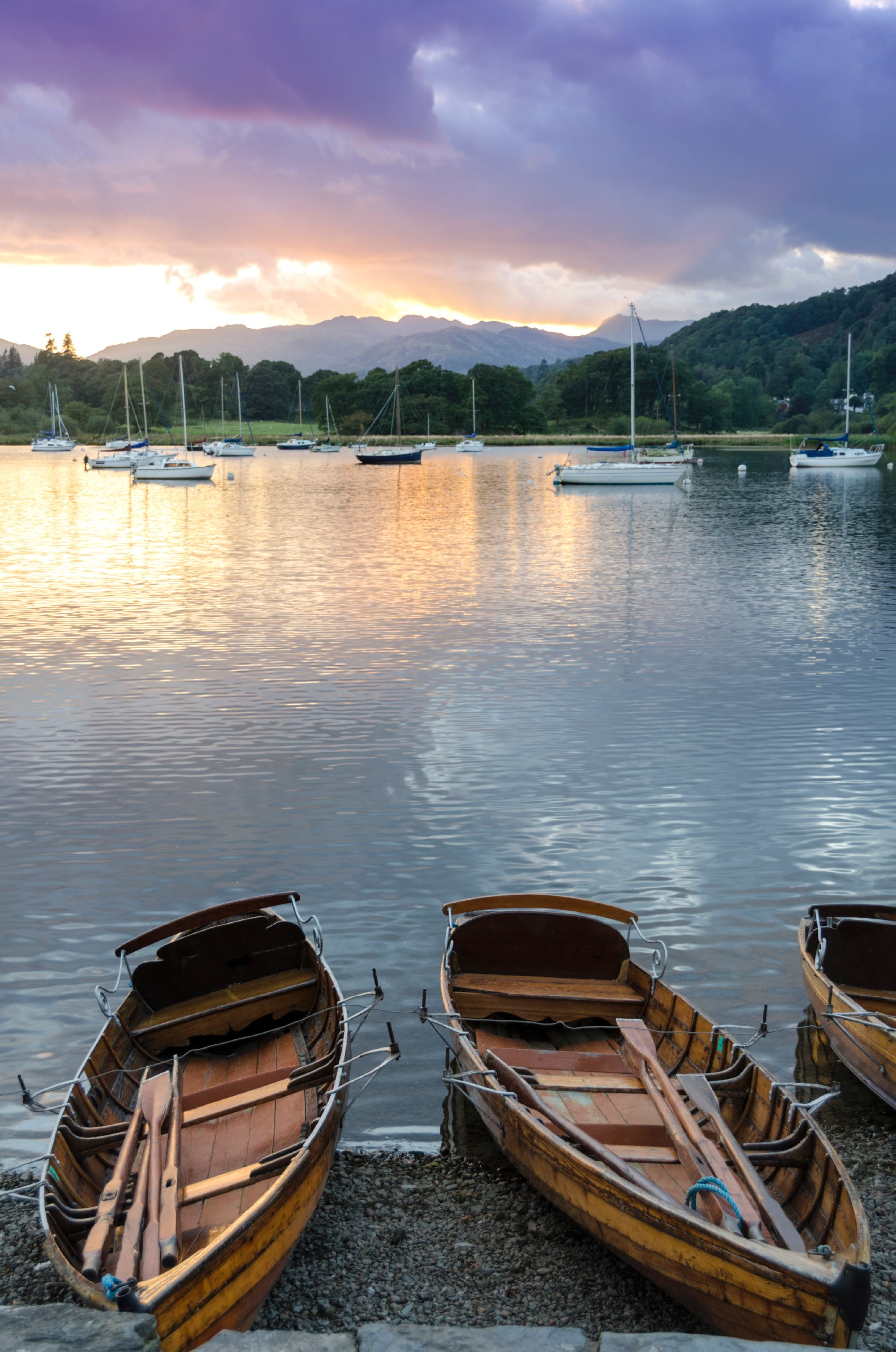 Rowing Boats outside the Waterhead hotel