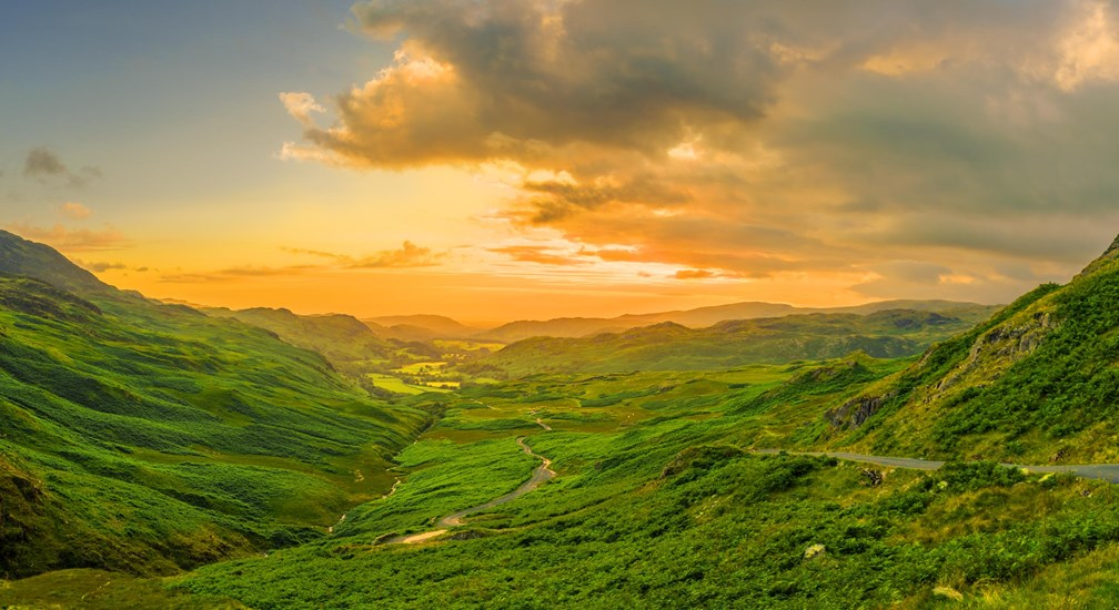 A sunset in the lake district