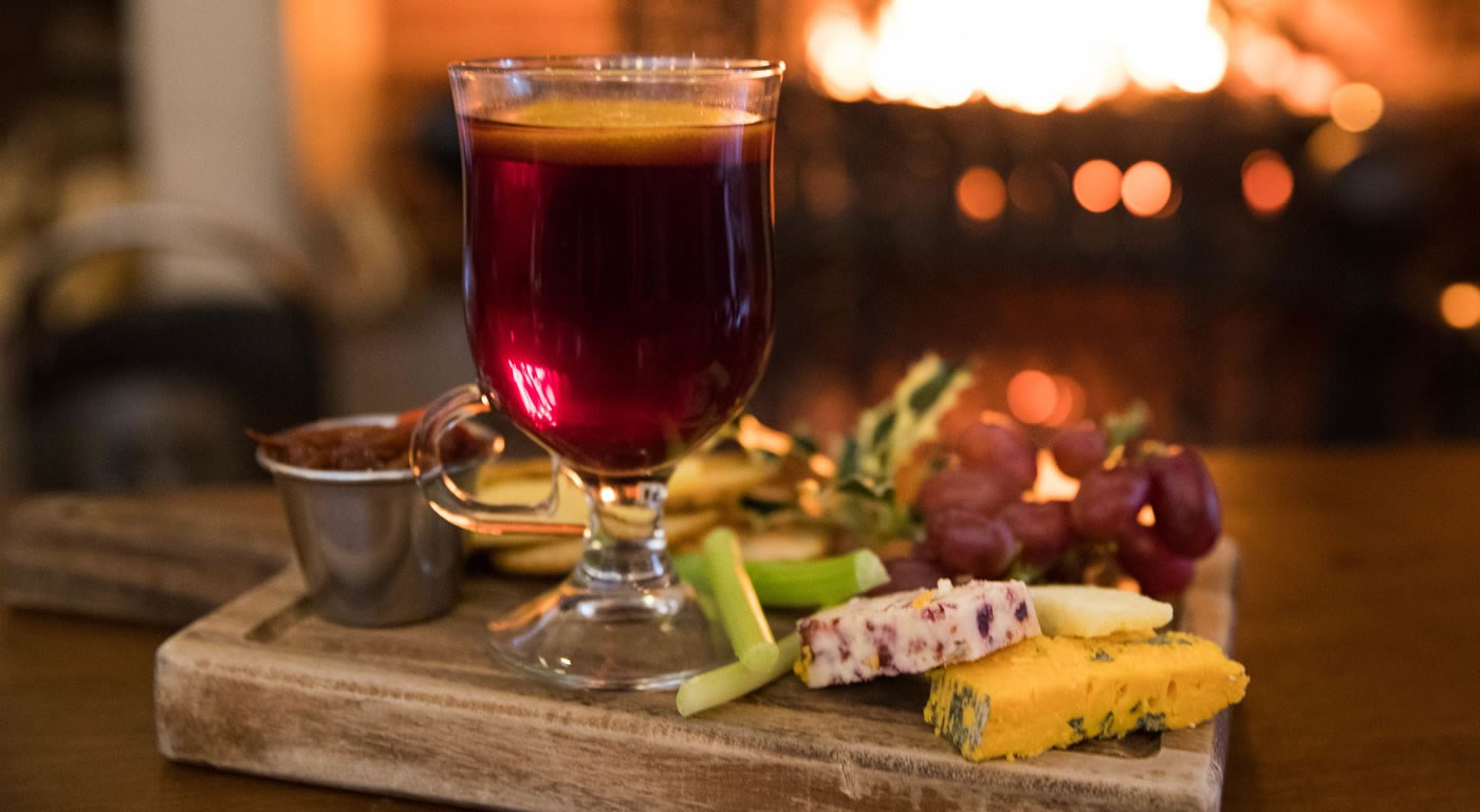 Mulled wine and cheeseboard