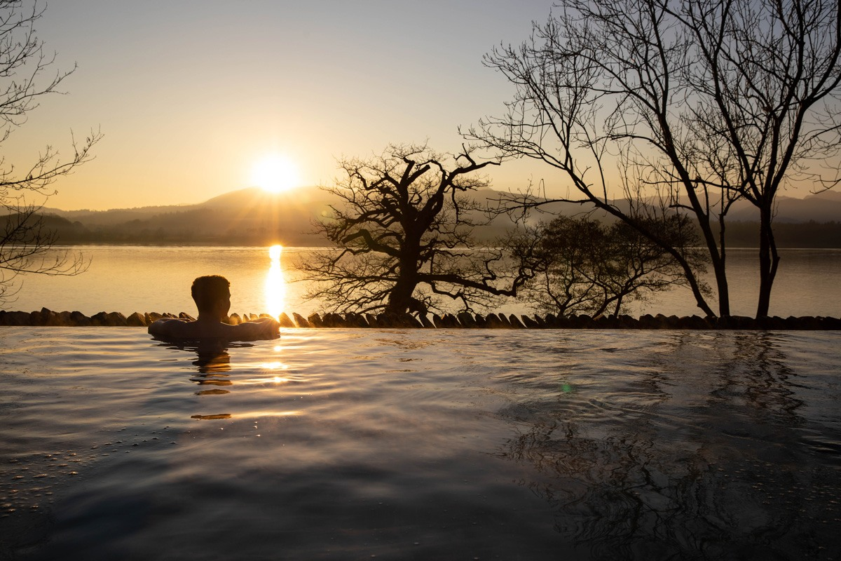 Lakeview Infinity Pool | The Spa at Low Wood Bay | Outdoor Spa